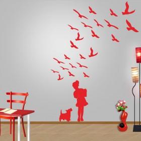 Κοριτσάκι με πουλιά
